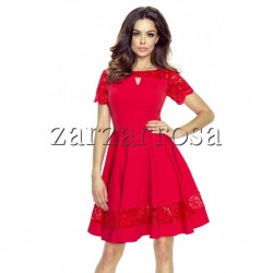 Elegantné kotejlové šaty