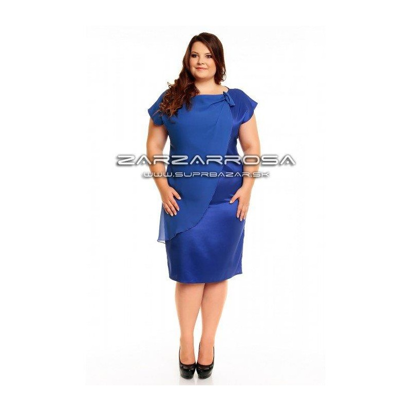 7763c5e78ef9 Saténové šaty pre moletky - zarzarrosa