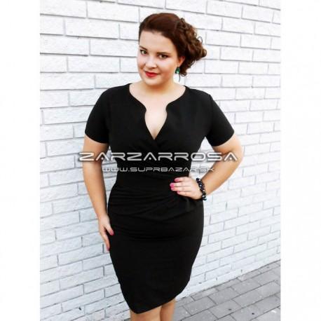 Čierne šaty pre moletky